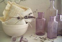 Jars, glass. pots, kitchenware.... / by Carmen Aliod