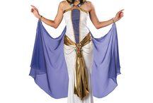 Costumes/DisneyBound / by Keila Torres