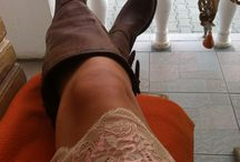 Fashion, lifestyle, beauty / Nice dress with lace and brown leather boots!