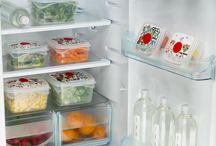Organizzare il frigorifero / Soluzioni a portata di mano per avere un frigorifero sempre pulito e in ordine.
