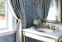 Powder room / Little guest bathroom