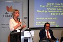 """Przyszłość polityki klimatycznej / """"Przyszłość międzynarodowych negocjacji klimatycznych. Agenda post-2020"""" – to temat debaty zorganizowanej przez PKE oraz demosEUROPA - Centrum Strategii Europejskiej, która odbyła się 18 czerwca w Warszawie.  Spotkanie miało charakter konsultacji społecznych w sprawie Komunikatu Komisji Europejskiej, dot. przyszłości międzynarodowych negocjacji klimatycznych. Stanowisko KE zaprezentował Artur Runge-Metzger, Dyrektor ds. Strategii Międzynarodowej i Klimatycznej w Dyrekcji Generalnej ds. Klimatu"""