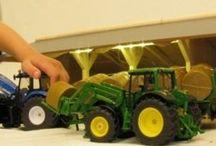 Boerderij speelgoed / Alles van de speelgoed boerderij in dit pinbord.