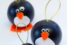 Christmas Ornaments for Kids to Make / Christmas ornament ideas galore! Kid-made ornaments, plus a few for parents and teachers too.