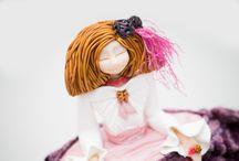 """MALATASSO SPANISH DESIGN / Horas de esfuerzo y meticuloso trabajo donde la calidad, el diseño y el buen gusto dan lugar a representaciones exquisitas de figuras inspiradas en """"Las Meninas de Velazquez"""". Creadas y producidas a mano por  la diseñadora.  Disponibles a la venta aquí: https://www.etsy.com/es/shop/Malatasso?ref=search_shop_redirect"""