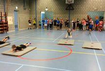 gym matten glijden estafette