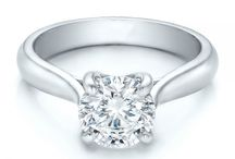 Engagement Solitaire Diamond Ring / For woman who want brilliance, class and quality for a lifetime