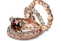 Hotsy totsy / Jewellery