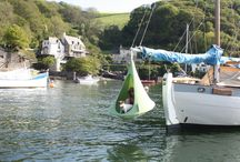 The Boat / Where is your Cacoon hanging?  Hang your Cacoon in the home, on the beach, on the boat, or in the garden!
