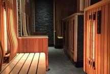 Sauna's / Ervaar zelf hoe verfrissend en verkwikkend een bezoek aan de sauna is. Het spel van extreme hitte en buitengewone kou verhoogt je weerstand,  versoepelt je lichaam en ontspant de geest. Ontdek de sauna's van Zuiver: