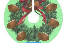 Football Christmas / American football Christmas decorations, wrapping paper & cards for all athletes, coaches and fans.