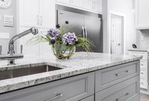 A fresh look for summer - add flowers or greenery to your kitchen!