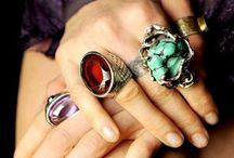 Jewelry / by Ana Acevedo Pacheco