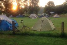 Kamperen op de Köller tijdens het Afrika-festival in het Openluchttheater in Hertme / Eén weekend in het jaar ik Minicamping de Köller in Hertme een maxi-camping. Deze foto's zijn van juli 2015.