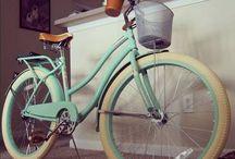 Vintage Style Bikes ❤️ / by Stefanie Baum