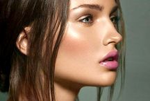 Dewy/Editorial make up