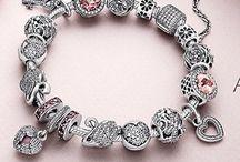 Pandora vendita / Charms e bracciali