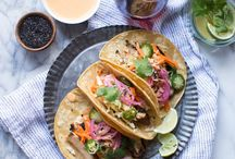 Taco Taco Tues / Taco Tuesdays are the best! Sharing the best tacos from around the world!
