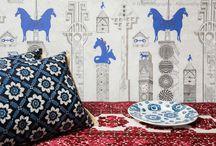Jennifer Shorto + Irving & Morrison / Mixing wallpaper & cushions
