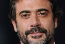 Jeffrey Dean Morgan / Awesome guy! / by Carito Arévalo González