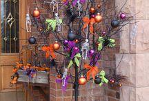 halloweeeeeen!! - wreaths