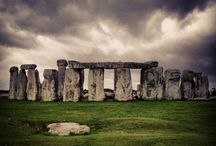 Ancient Sites / Stone circles, barrows, mounds and other ancient locations in Britain and Ireland