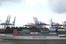 Hafen Hamburg / Eindrücke rund ums Festmachen von Schiffen sowie Eindrücke aus dem Hafen Hamburg
