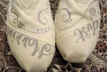 WEDDING: Plans & Ideas :) / by Gabrielle O'Deens