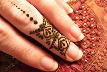 Henna Ideas / by Tav Grewal