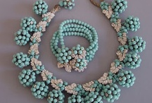 Vintage Mid-Century American Costume Jewelry / Vintage and vintage-inspired collaged and layered bead jewelry from designers like Miriam Haskell. Also contemporary how-tos to help replicate many of these looks using new materials.