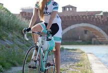 I like to ride my bicycle, i like to ride my bike