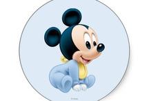 Bebê mickey mouse