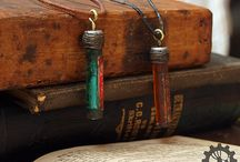Jewelry / Handcrafted jewelry by Armadillo Artifacts (Ylva Lundberg)