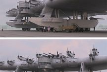 Old time wonders / Russian bomber plane