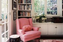 Reading Nook / Perfect cozy place to read <3