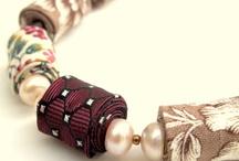 Látkové šperky