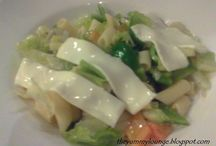 Salads / Learn how to make quick and easy vegetarian salads
