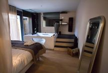 """Urban Loft / Un loft avec décoration """"chalet romantique"""" avec jacuzzi dans la chambre pour un week end en amoureux..."""