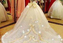 Dazzlingly Beautiful Wedding Gowns / Beautiful stunning dresses