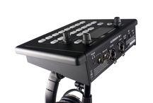 Allen & Heath / Analoque and digital mixers.