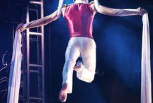 Ensueño / Espectáculo artístico acrobático.