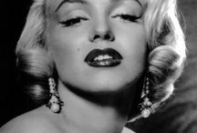 Marilyn Monroe: Style & Pearls / marilyn monroe/ glam diva/ hollywood star / fashion icon/ style icon/ sex appeal symbol / marilyn monroe wearing pearls / style and pearls / marilym monroe and her pearls / marilyn monroe pearl necklace / marilyn monroe pearl earrings