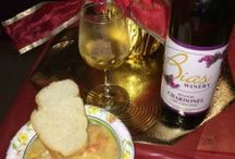 Say Cheese Wine Trail / Enjoy recipes from past Say Cheese Wine Trail events. Held the second weekend of December, visit seven wineries on the Hermann Wine Trail and sip and sample wine and cheese inspired dishes!