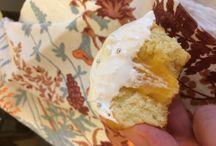 Капкейки с лимонный кердом и кремом