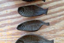 ryba / rybki rysowane, malowane, wydłubane ...... zrobione z różnych materiałów ......