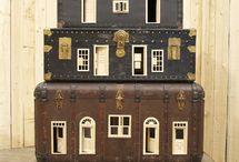 dollhouses & dolls