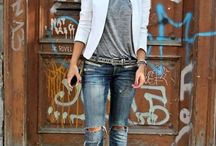 Spring Looks / Outfits and ideas that inspire the idea of Spring fashion / by Jenn Martin