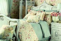 Cottage Bedroom / Cottage Style