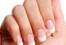 Ломкие и слоящиеся ногти? Несколько способов укрепить ногти. / Ломкие и слоящиеся ногти? Несколько способов укрепить ногти.  http://elos-shop.ru/sposob-ukrepit'-nogti.html