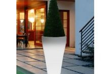 Garden Planters / Here at Posh Garden Furniture UK you can find a wide range of Garden Planters in every shapes and sizes including Ivyline, Commercial, Wooden, LED Round Planter and many other!